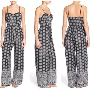 Band Of Gypsies Sweetheart Jumpsuit Wine Red XS